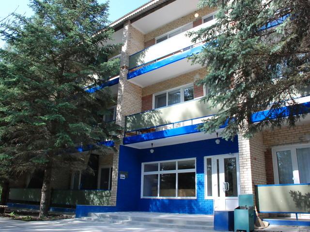 Зеленая роща база отдыха в Славяногорске
